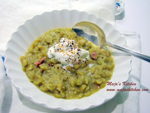 Pea soup serving 003